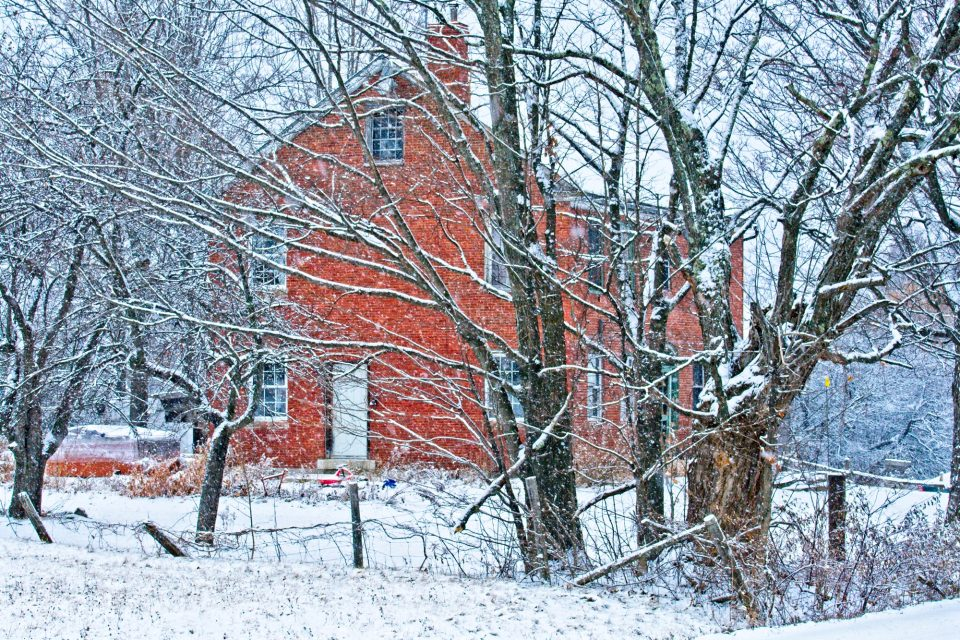 winterfarmhouse